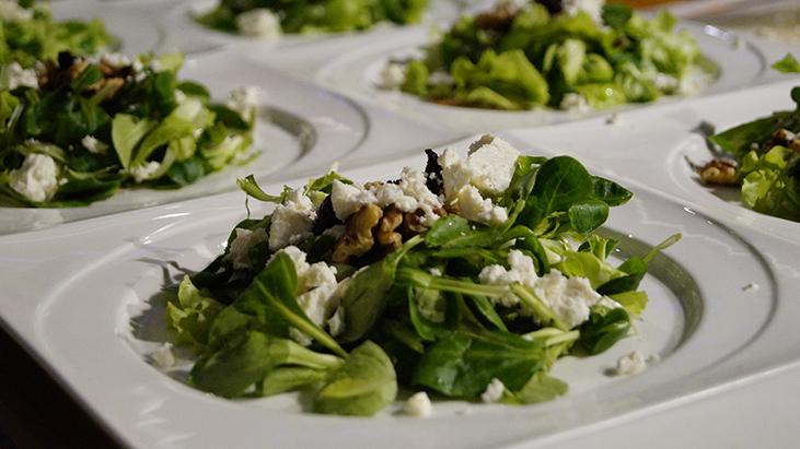 salad blue cheese