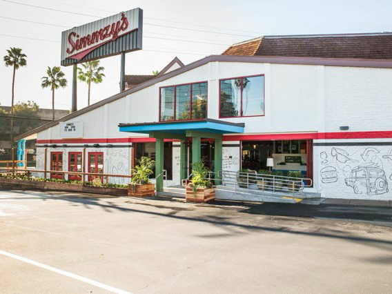 Simmzy's restaurant exterior