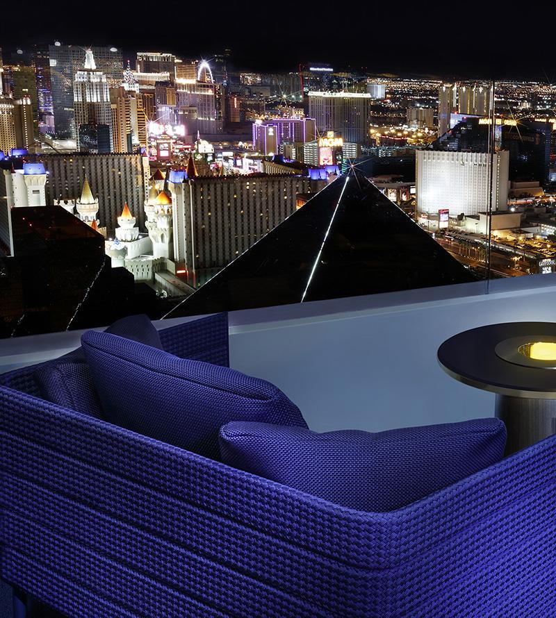 Future Floors Las Vegas: Skyfall Lounge