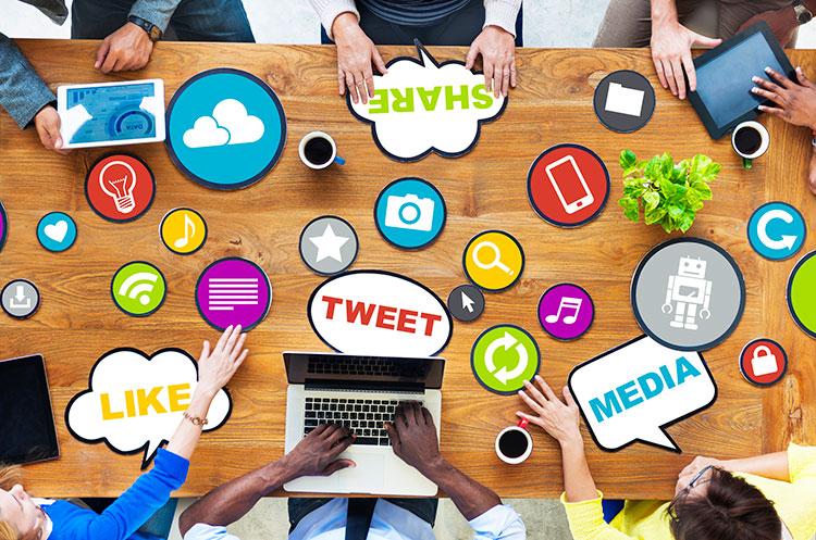 social media table