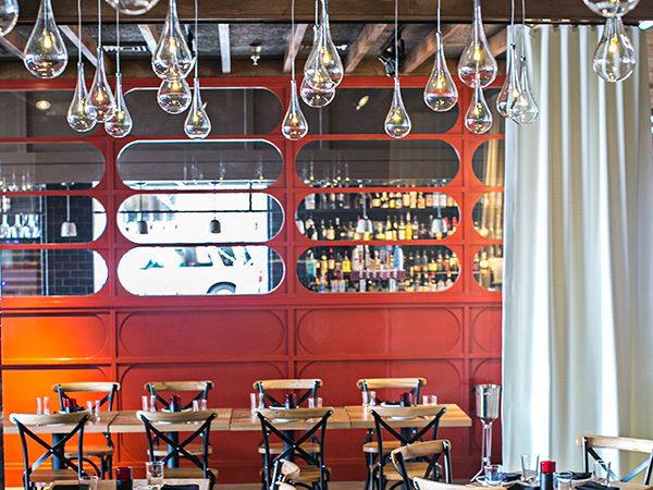 tables lights bar