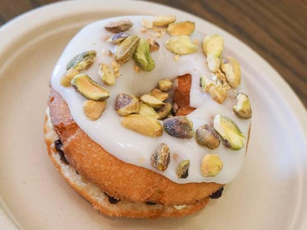 Donut Friend Vanilla Cake Donut